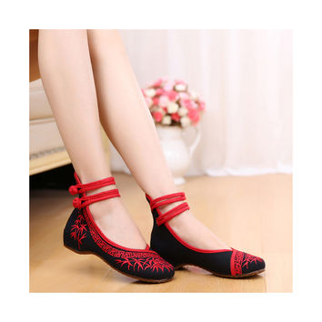 Vintage Bamboo Style Embroidered Old Beijing Black Cloth Shoes for Woman Online with Colorful Ankle Straps