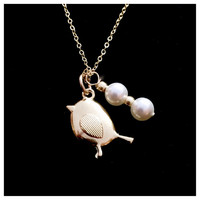 """Personalized Gold Filled Mama Bird Necklace with Swarovski Pearl """"Eggs"""".  Beautiful gift for Mother's Day!"""