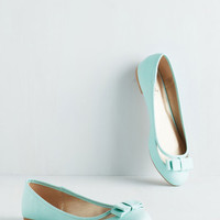 Pastel Swing into Spring Flat in Mint