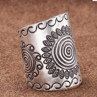 Bohemia Silver Plated Party Cocktail Ring For Women 8455