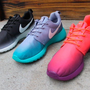 Women's Nike Roshe Run Gradient