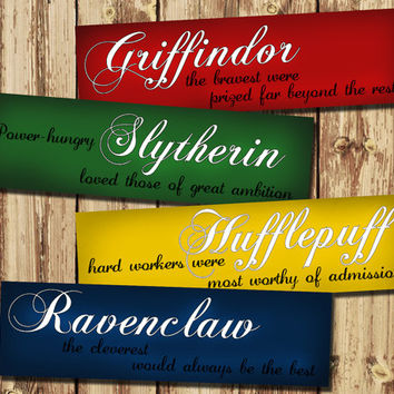 4 x Harry Potter Bookmark - Printable - Hogwarts Houses - Griffindor Slytherin Hufflepuff Ravenclaw