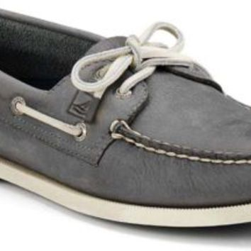 Sperry Top-Sider Authentic Original Burnished Leather 2-Eye Boat Shoe DarkGrayBurnishedLeather, Size 7.5M  Men's Shoes