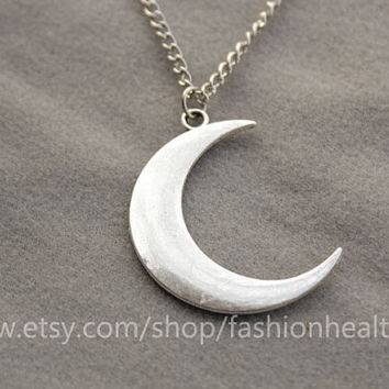 Moon necklace,charm necklace,retro silver star necklace,cute and lovely necklace,best gift for your friend and lover--N029