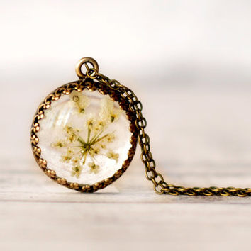 Dainty Translucent Pendant With Queen Anne's Lace Flower - Resin Pendant Necklace - Botanical Jewelry Real Flower Necklace - Crown Pendant