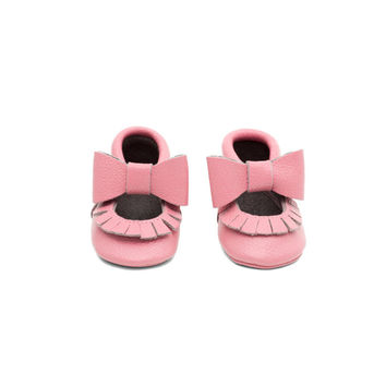Fringe Bow Leather Baby Moccasins Pink
