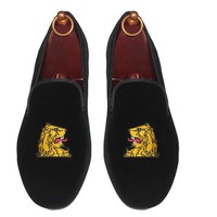 S&D by Smythe & Digby Men's Albert Slippers Leather Lined Black Velvet Loafers Lions Head Motif
