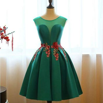 Short prom dresses Champagne/red/Malachite green satin scoop appliques flowers a- line prom dress