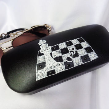 RESERVED FOR RUSLANA Glasses case Chess decor Painted case