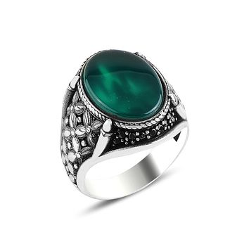 Mens ring 925 sterling silver with green agate gemstone and claw