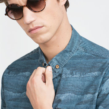 PRINTED DENIM SHIRT