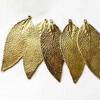set of 5 leaf pendants, 30mm x 74mm, antique gold metal alloy - C121