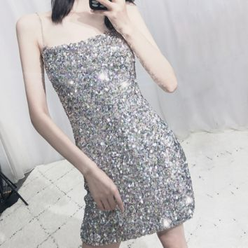 New sexy off-the-shoulder one-word shoulder sequined halter dress