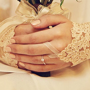 champagne wedding glove, wedding gloves, gold lace gloves, Fingerless Gloves, FREE SHIP