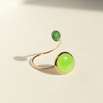 Two Resin Stone Ring, Dual Stone Ring, Glitter Ring, Resin  Shell Cabochon, Red Ring, Green Ring, White Ring, Adjustable Ring, Resin Jewelry