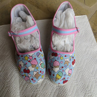 Hand Painted Shoes - Kawaii Cupcake Design - Size 7