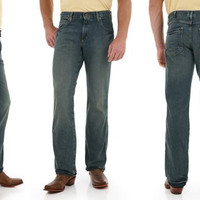 Men's Wrangler Mid-Rise Retro Western Jeans with Boot Cut in Trail Worn WRT20TW