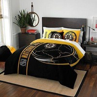 Boston Bruins NHL Applique 3-Piece Full Size Comforter and Sham Bedding Set