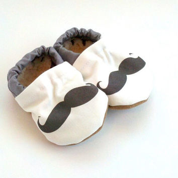 mustache baby shoes mustache shoes black and white black mustache baby clothes mustache shoes for baby mustache booties pink mustache shoes