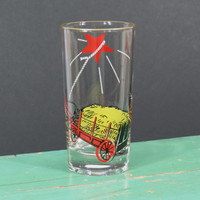 Vintage Federal Glass Tumblers . 1940s . Hitch Your Wagon to a Star . Hay Cart Wagon . Red Star . Rare Drinking Glass . Mid Century Kitsch