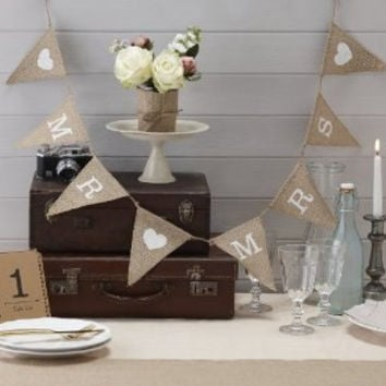 Mr and Mrs bunting, burlap bunting, Mr & Mrs banner, burlap banner, burlap, garland