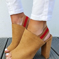 Top Of The World Heels: Tan/Red