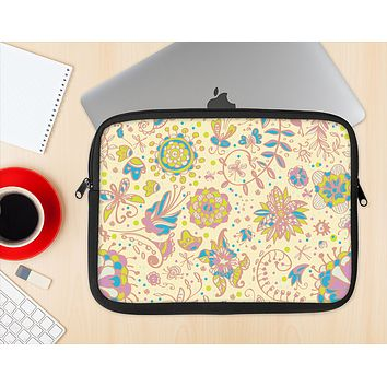 The Subtle Yellow & Pink Sketched Lace Patterns v21 Ink-Fuzed NeoPrene MacBook Laptop Sleeve