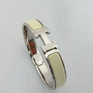 Used Hermes Clic Bangle Off-white Clic Clac PM 1654