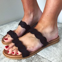 All Twisted Sandals: Black