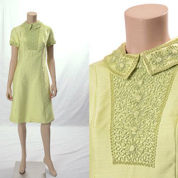 Vintage 50s 60s Mod Green Embellished Sheath Dress 1950s 1960s New Look Twiggy Carnaby Daisy Flower Atomic Mad Men Shift Dress Hippie