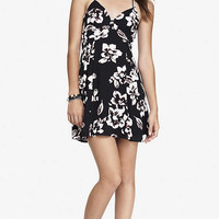 OUTLINED FLORAL BABYDOLL CAMI DRESS from EXPRESS