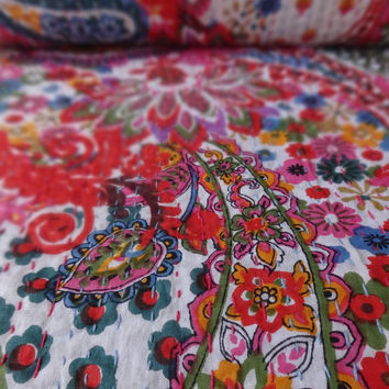 Paisley Print Kantha Quilt, Queen Size Indian Cotton Bed Sheet, Floral Pattern Kantha Bedding, Bohemian Kantha Throw, White Color Theme