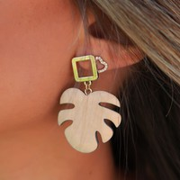 Palm Earrings: Natural/Gold