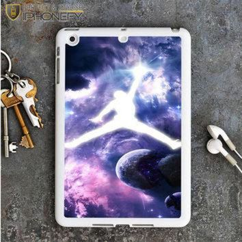 CREYUG7 Michael Jordan In Galaxy Nebula iPad Mini Case iPhonefy