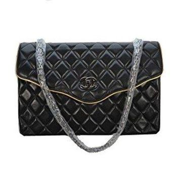 DCCK7H8 Chanel Black Leather Shoulder Bag Messenger Bag