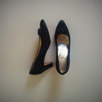 Vintage 90's Salvatore Ferragamo Pumps Black Satin with Knotted Bow Detail
