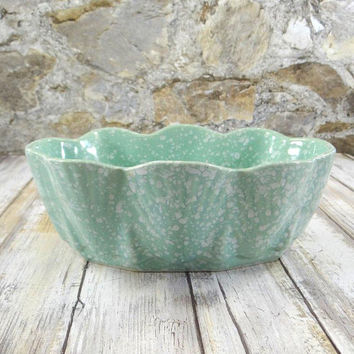 Mid Century Modern Green Speckled Pottery Planter, Garden Decor, Succulent Planter, Vintage Flower Pot