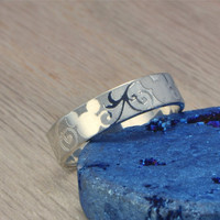 FALL SALE Mickey Mouse Engraved Ring - Disney Wedding Band - Wedding Band Ring - Engraved Disney Ring -