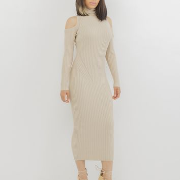 COLD SHOULDER RIBBED KNIT DRESS - NUDE