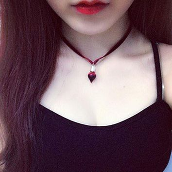2017 Hot Fashion Women Jewelry Black Velvet Tattoo Choker Necklace Flower The Vampire Diaries Bottle Collar Necklaces Chokers
