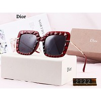 DIOR sells fashionable polarised-light large-frame colorful sunglasses for ladies