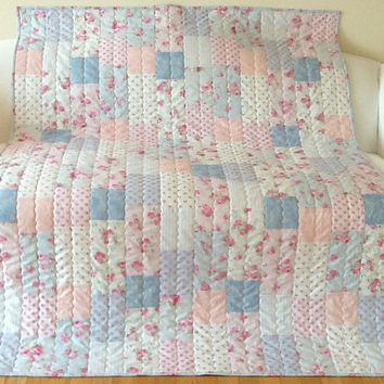 Rosie's Boudoir Slipper Roses Shabby Chic Large Lap Quilt Handmade Home Made 52 x 68 inches Free Shipping Canada and USA