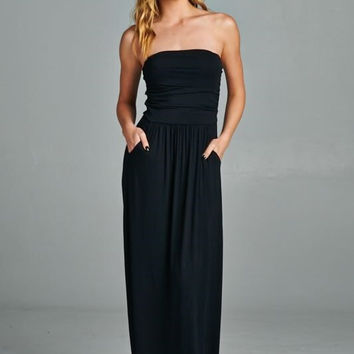 Simple and Stylish Maxi Dress - Black