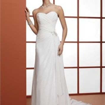 Elegant strapless sweetheart sweep train A-line organza simple Wedding Dresses WDSP0020