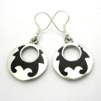 Alpaca Silver and Resin Goth Design Earrings (Mexico) | Overstock.com