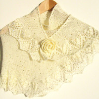 FREE SHIPPING Payette knitting ivory shawl and crochet rose brooch. Gift her, wedding, chistmas.