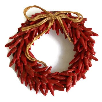 Vintage Hot Chili Pepper Wreath Brooch Christmas Wreath Brooch Hot Pepper Brooch