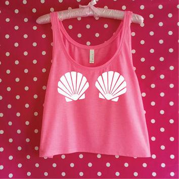 Mermaid Seashell Bra Tank Top. Cute Mermaid Tank. Beach Tank. Seashell Bra Top. Seashells Shirt. Mermaid Shirt. Gym Tank.
