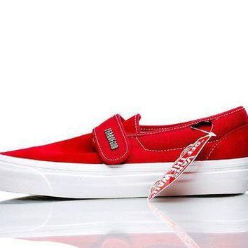 DCC3W VANS X FEAR OF GOD SLIP ON RED