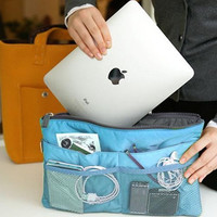 Travel Bag with Pockets for most iPads/Tablets